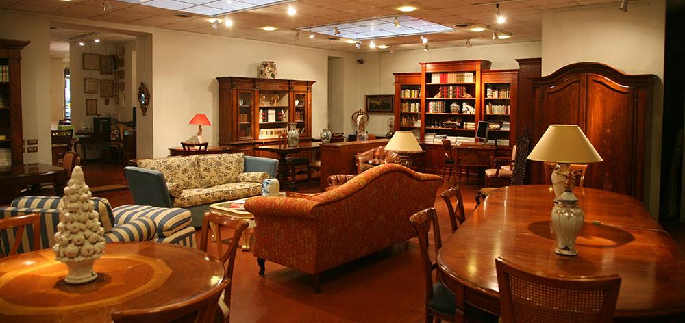 Arredamento e Arte negozio interni mobili classici moderni classico ...