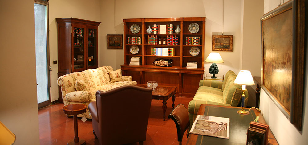 Arredamento e Arte negozio interni mobili classici moderni ...